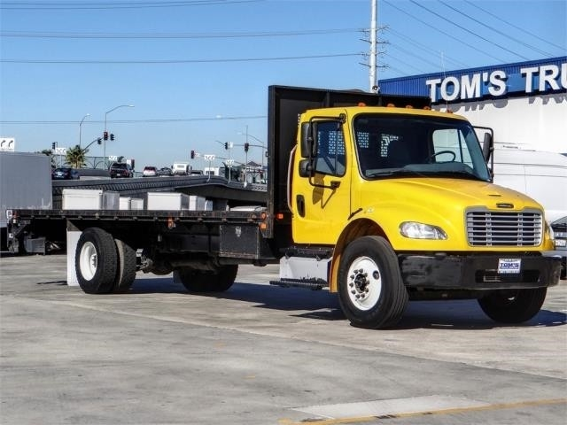 Pre-Owned 2014 Freightliner M2