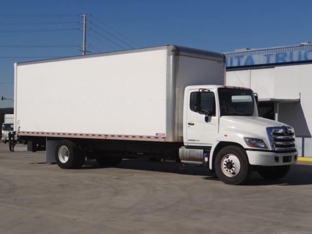 Pre-Owned 2017 Hino 268