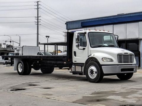Pre-Owned 2009 Freightliner M2